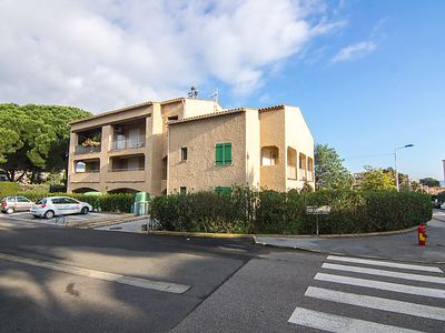 Photo for Apartment Les Lantanas in Cavalaire - 4 persons, 2 bedrooms