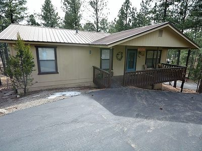 Photo for 3 BEDROOM/2 BATH CABIN W/ SUPER BACK DECK AND HOT TUB