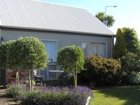1st class accommodation with full kitchen, full sized fridge and all cooking utensils provided.