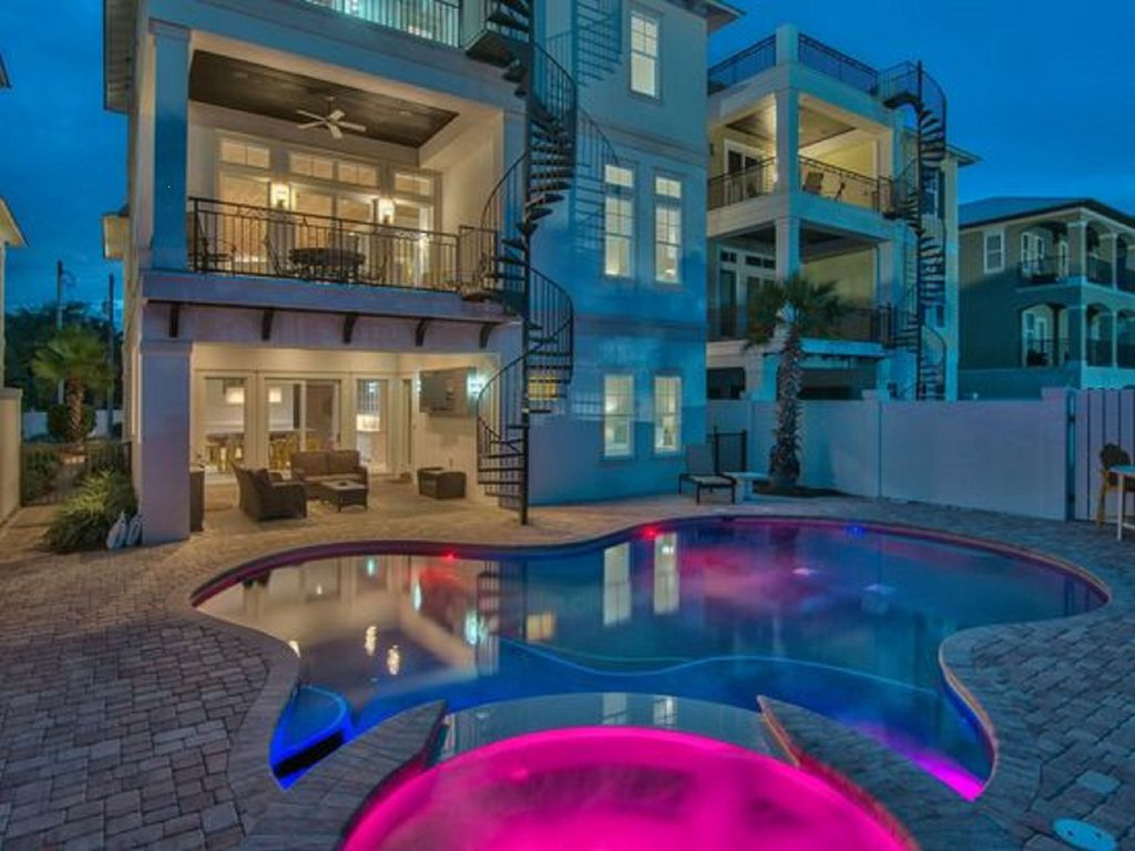 Private pool 22 total tv s free golf homeaway for Free virtual home tours online