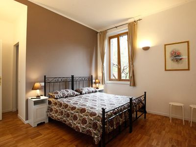 Photo for Live Trastevere from Your Homely Corner - Apartment for 3 people in Roma