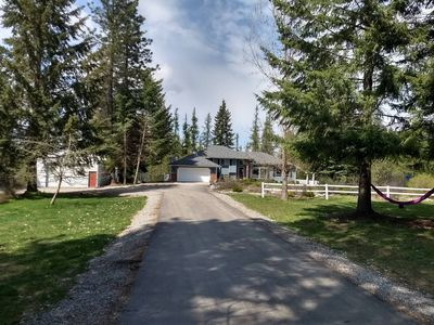 Photo for Hot Tub 10 min. & to Silverwood, Nearby Forest & Lake Access