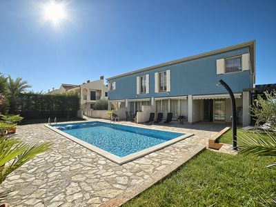 Photo for Villa BlueAqua ***** with pool, 200 meters from the sea, barbecue, free Wi-Fi