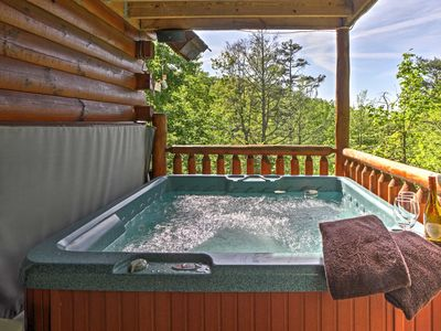 Photo for Sevierville Cabin w/Spa & Decks Mins to Gatlinburg