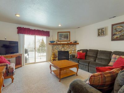 Photo for NEW LISTING! Comfy condo overlooking Bear Lake w/shared pool, hot tub & tennis