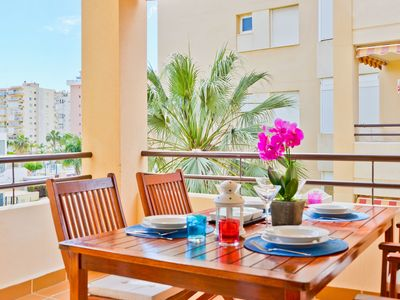 Photo for Cosy Apartment Close to Beach with Pools, Terrace, Balcony, Air Conditioning & Wi-Fi; Parking Available