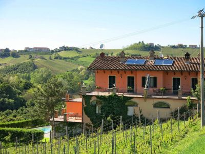 Photo for Apartment Cascina Galarin (CTZ151) in Castagnole Lanze - 5 persons, 1 bedrooms