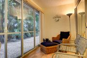 Spanish Cay A3: Superb Ground Floor Island Oasis Quick Walk to Beach Access