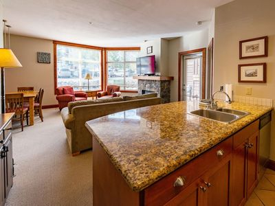 Photo for On Mountain 1 Bedroom Condo at Timberline