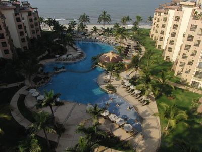 Photo for Five Star Resort, incredible 2 bedroom ocean view