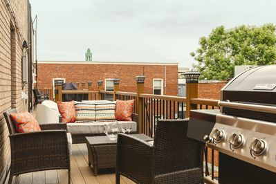 Sunny patio/terrace: outdoor furniture and BBQ, all yours to enjoy!