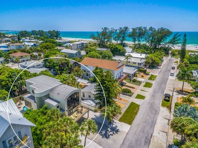 ANOTHER PARADISE: Beautiful Home, Only 7 Houses to Beach with Heated Pool!!!