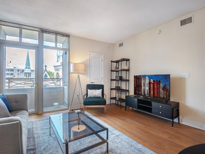 Photo for Convenient Downtown 1BR w/ Gym + W/D near Nat Geo Museum by Blueground