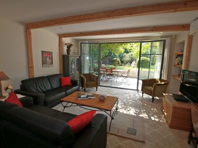Photo for Close to Avignon, an apartment for 4, set in beautiful grounds