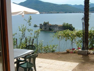 Photo for 2-room apartment with unique views of the lake and the castles of Cannero