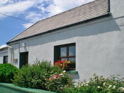 Photo for Semi-detached house, Dingle  in Kerry - 5 persons, 3 bedrooms
