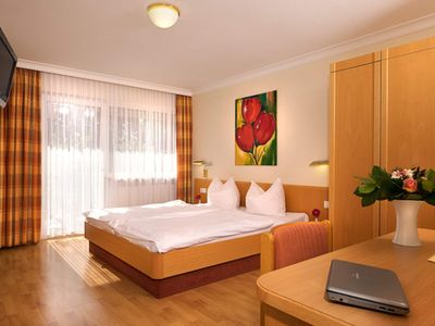 Photo for Double room with toilet and shower - Hotel Heuboden