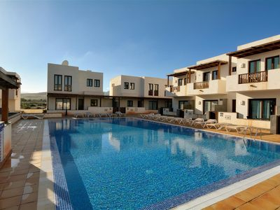 Photo for Villa Juliet with Share Pool and Wifi!