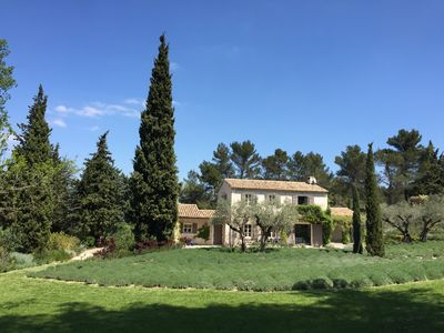 Photo for Beautiful Provencal house for 8 people, nestled in the heart of the Alpilles