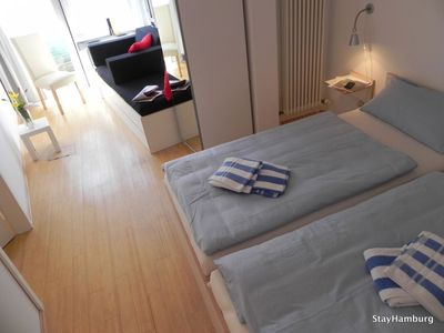 Photo for 4-Zi.-Apartment 'Mundsburg II', modern apartment for up to 10 persons, WLAN