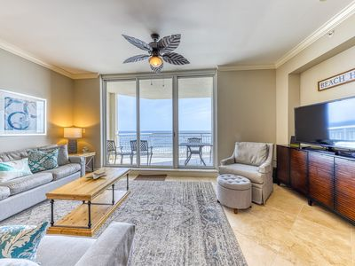 Photo for 10th Floor Comfortable Condo, Steps To The Gulf, Quick Drive To Dining