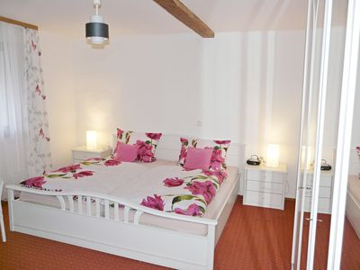 """Photo for Family & Friends Apartment """"Lissi"""", 130m², up to 8 pers. Roll flat rate, WLAN"""