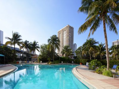 Photo for 2BR Apartment w/ Pool View @ Sunny Isles 34ab