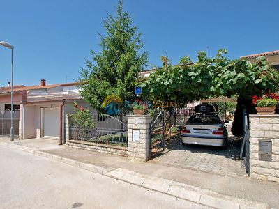 Photo for Apartment 412/937 (Istria - Fažana), Budget accommodation, 500m from the beach