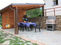 Excellent stay in the beautiful mountains with very friendly host and his family