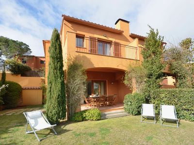 Photo for Holiday rental semidetached with swimming pool in Begur, Centre