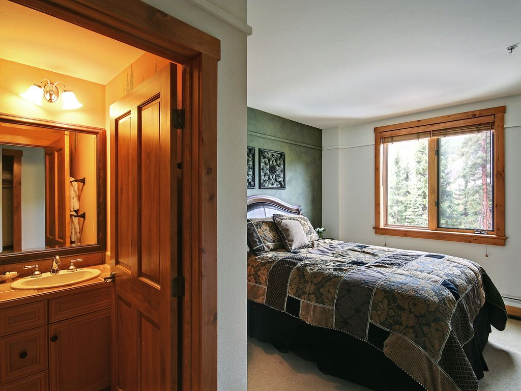 Timbers 2 bedroom by summitcove lodging keystone summit for Cabine in keystone colorado