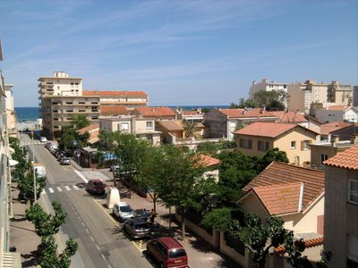 Photo for Spacious studio 100 m from the beach + private parking place