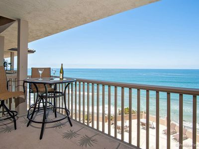 Photo for Charming one bedroom, OCEANFRONT Condo