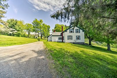 Escape to this peaceful farmhouse & fall in love with the Catskills.