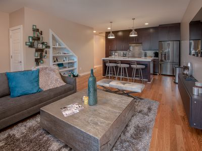 Photo for Stylish & Modern Townhome in the Heart of Downtown