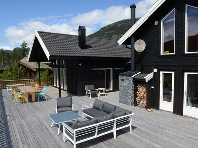 Photo for Norwegian holiday home directly on Lake Vravatn and in the middle of nature