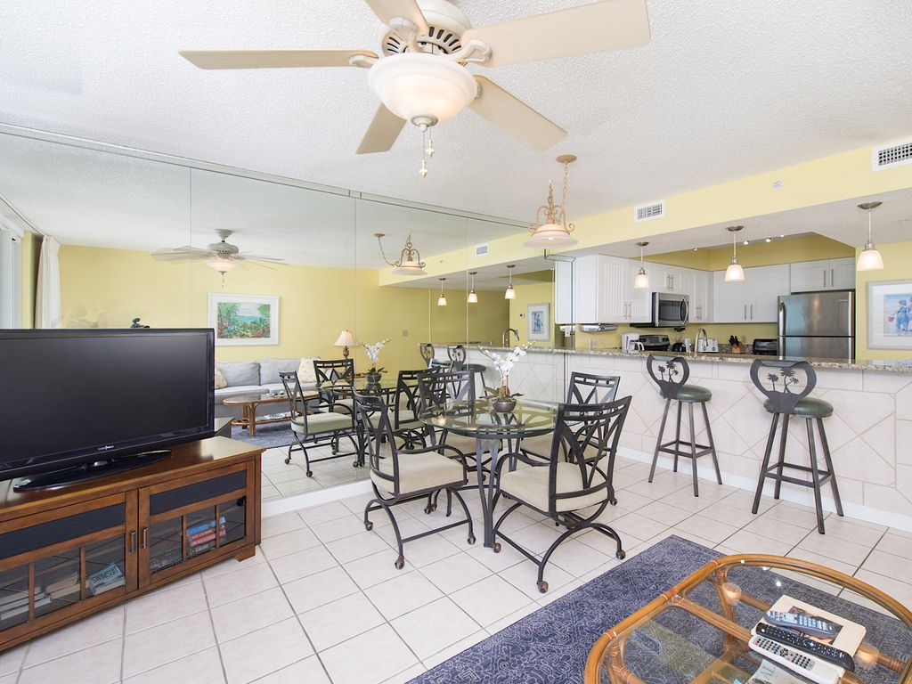 Family Friendly Resort Across From Water Park; Walking Distance To ...