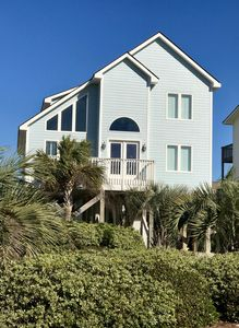 Photo for Family Friendly Home - Well Equipped - 3 Minute Walk to Beach