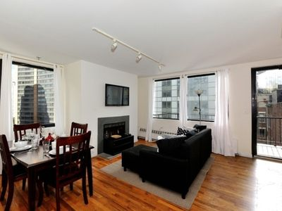 Photo for Lovely 6 Bedroom Apt on Greenwich Street