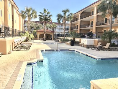Photo for Luxury First Floor 3br Condo/2 Pools /4 bikes incl/ Walk to Beach & Pier