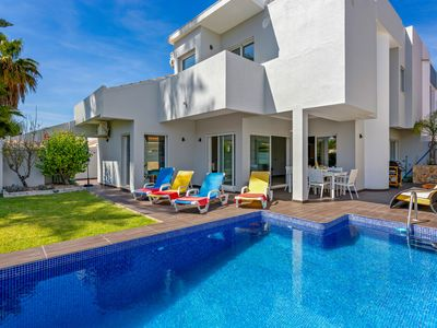 Photo for Casa Del Mar Vilamoura - Newly Renovated 3 bedroom villa with pool, A/c and Wifi
