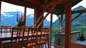Photo for 4BR Cottage Vacation Rental in Norangsfjorden
