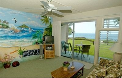 Actual view of ocean from your living room! WOW!