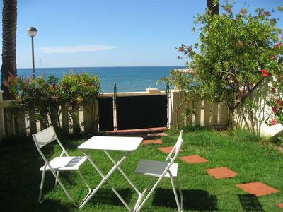 Photo for Sea-front prime location in Sitges! Free wi-fi, air condit. and swimming.pool