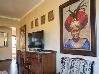 Photo for Mama Africa Welcomes you to Cape Town! Secure Spacious 2 bedroom apartment