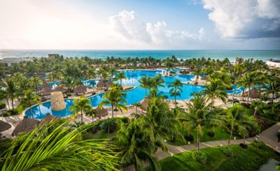 Photo for Special! 2 for 1 golf! Luxurious 1 Bedroom at The Bliss beachfront resort!