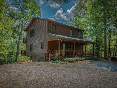 Photo for Nicely Furnished 2br/2ba cabin rental with wifi, pool table and campfire pit