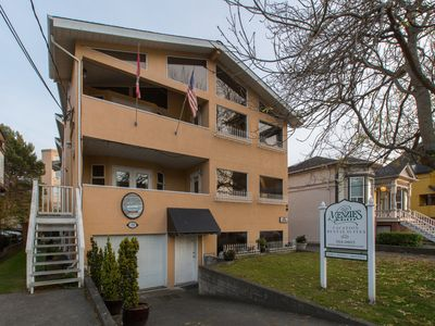 Photo for Historic, charming James Bay, Steps to the Ocean, minutes to downtown Victoria