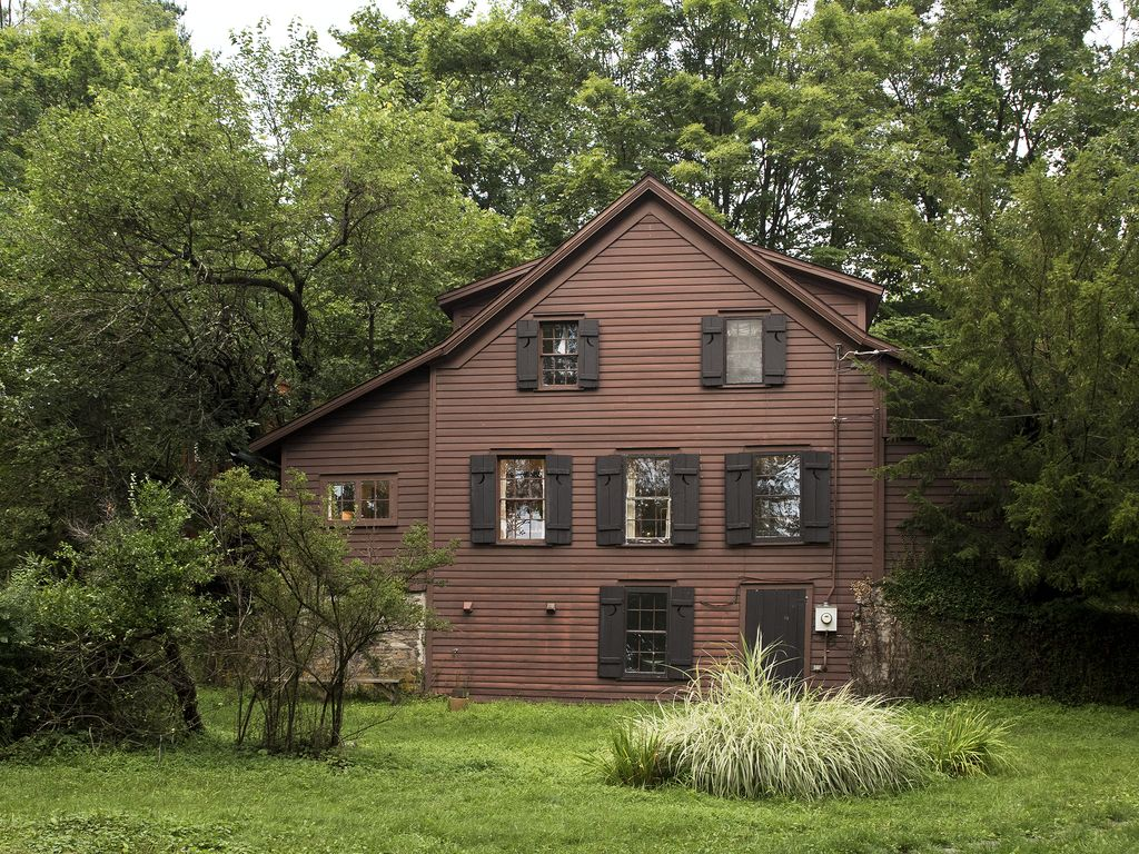 1840s converted barn with your own backyard vrbo