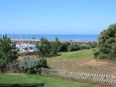Photo for Apartment sea view and golf 6 people